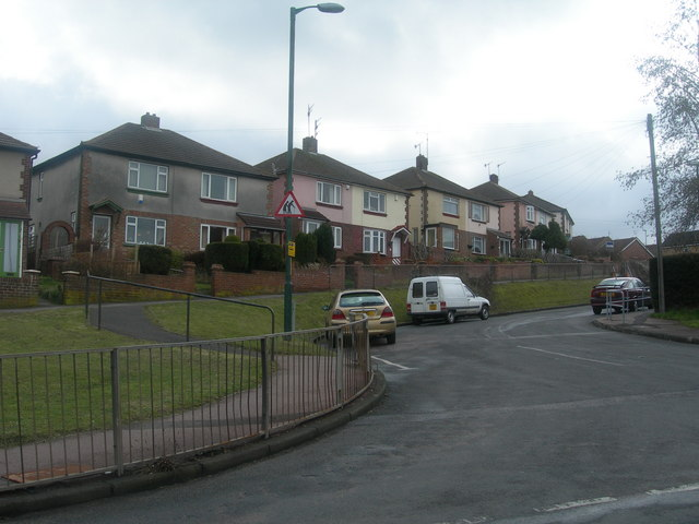 Settington Avenue, Luton