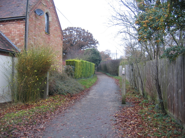 Footpath by Deer Park Court