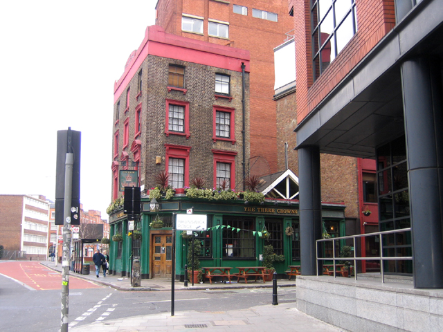 The Three Crowns, Shoreditch
