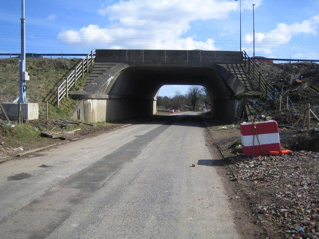 Redbourn: Gaddesden Lane & the M1 Motorway bridge