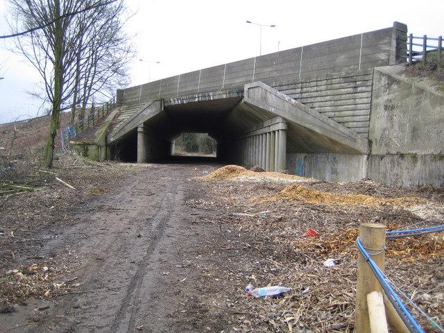 Redbourn: The Nicky Line & the M1 Motorway bridge