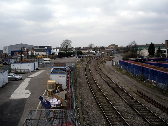 Start of the Greenford branch line