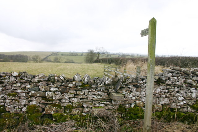 Footpath to Crabstack