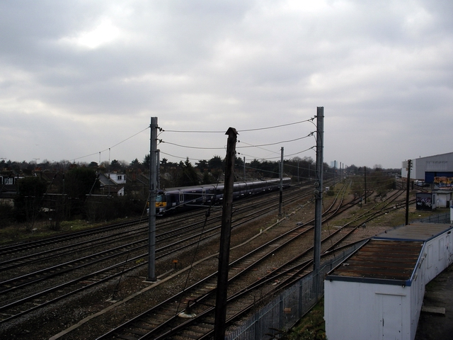 Great Western mainline, West Ealing/Hanwell borders