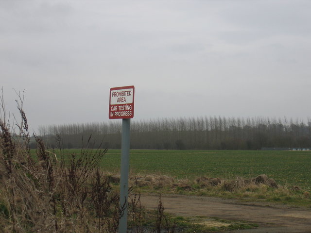 Chipping Warden airfield