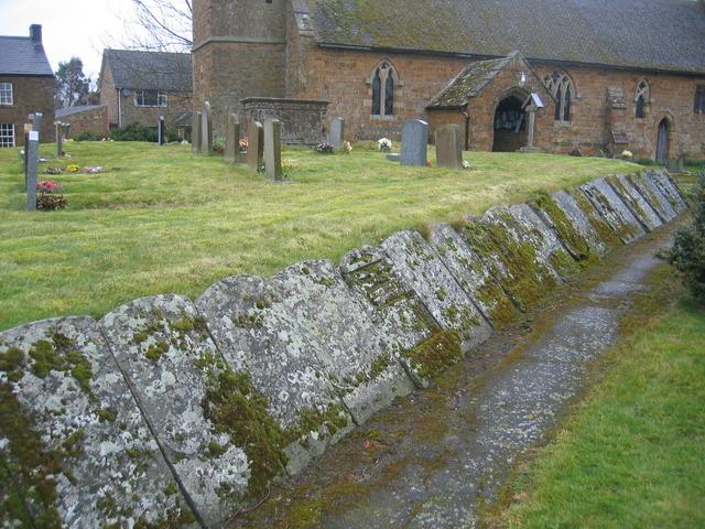 Churchyard, Claydon