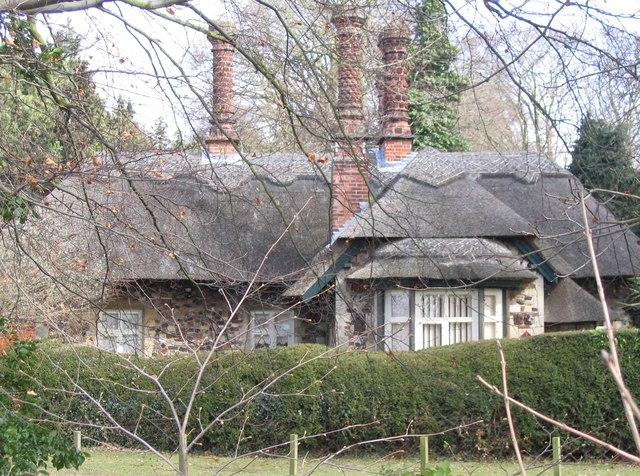 South Lodge, Bixley Manor