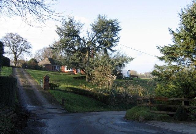 Mill Hill, Bramerton