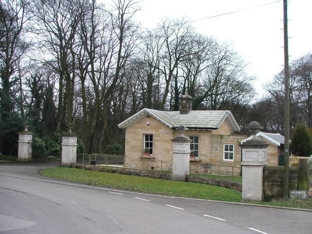 Leventhorpe Hall gate lodge.