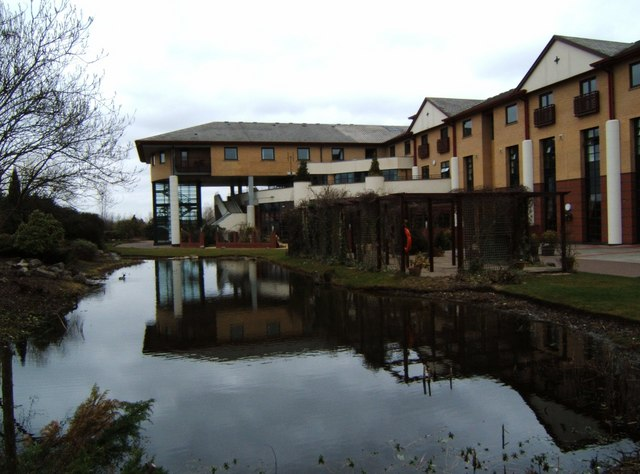 Five Lakes Hotel