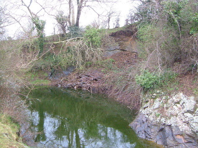 Flooded quarry, Borough
