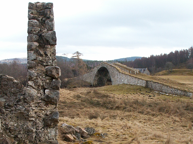 Sluggan Bridge from the north