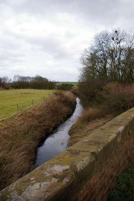 Near Northorpe Level Crossing