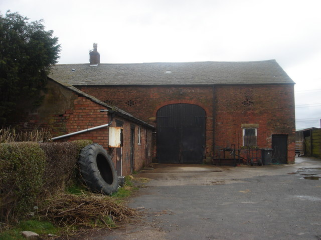 Braid's Farm barn