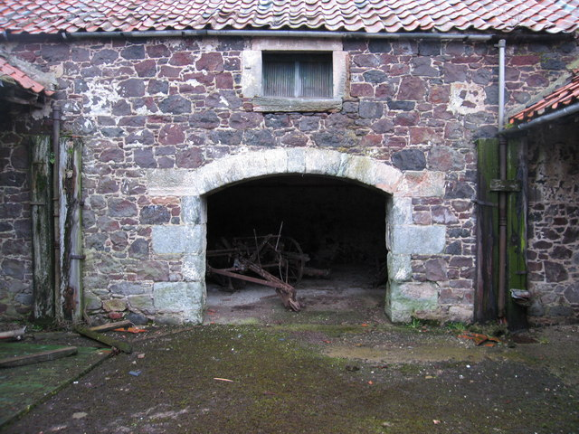Old farm building at New Mains
