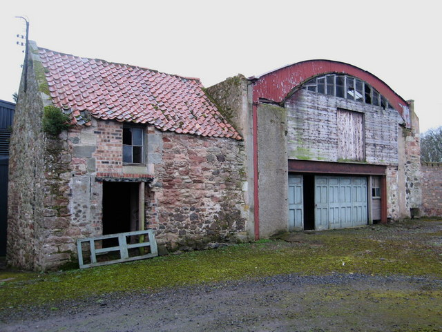 Derelict Farm Buildings at New Mains