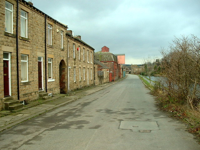 Lowlands Road, Mirfield