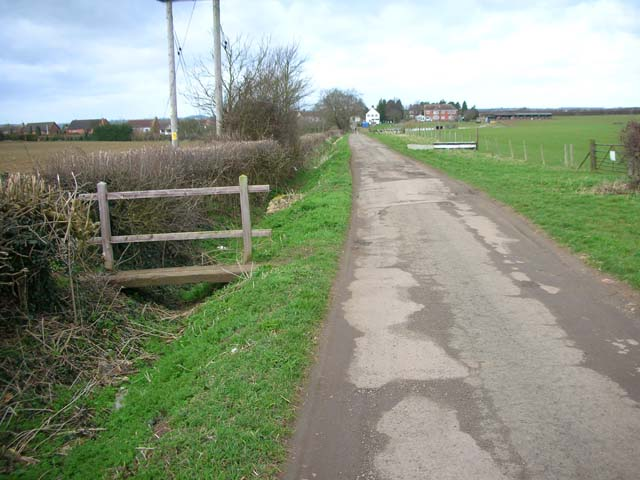 Farm Road at Ringstead