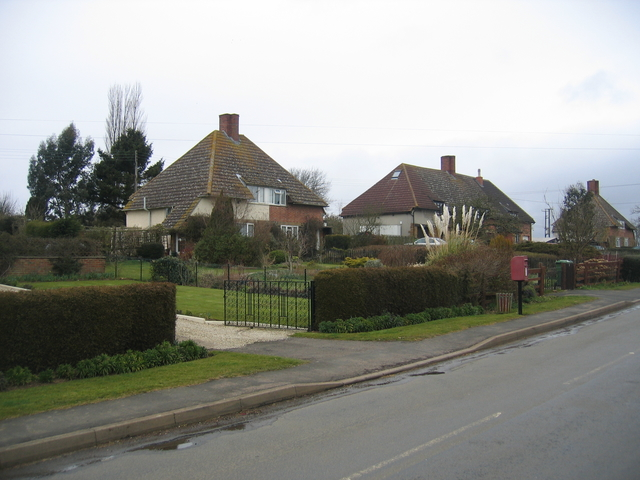Holbech Hill, Farnborough