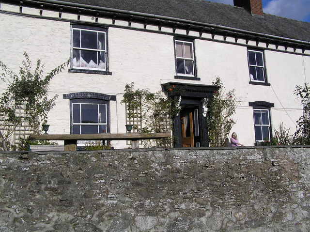 Farmhouse Arllen-Fawr