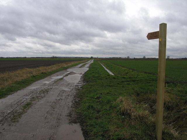 Footpath to Fountain Farm