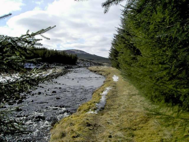 Riverside path beside Allt a'Chaorainn, looking west