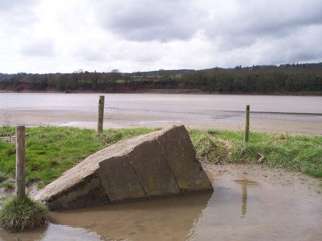 Concrete Block by the River Severn - Pill box?