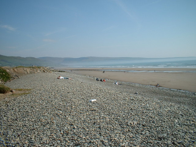 Beach near Tal-y-bont looking South-East
