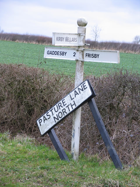 Sign post on  Pasture Lane North