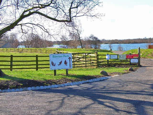 Ellerton Park Leisure Lake