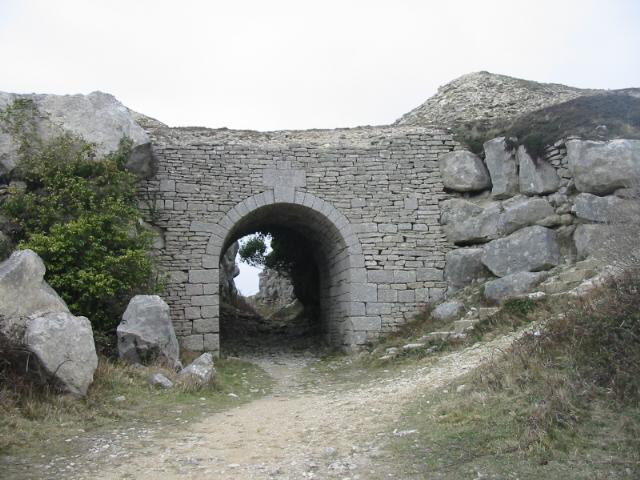 Lano's Arch at Tout Quarry, Portland