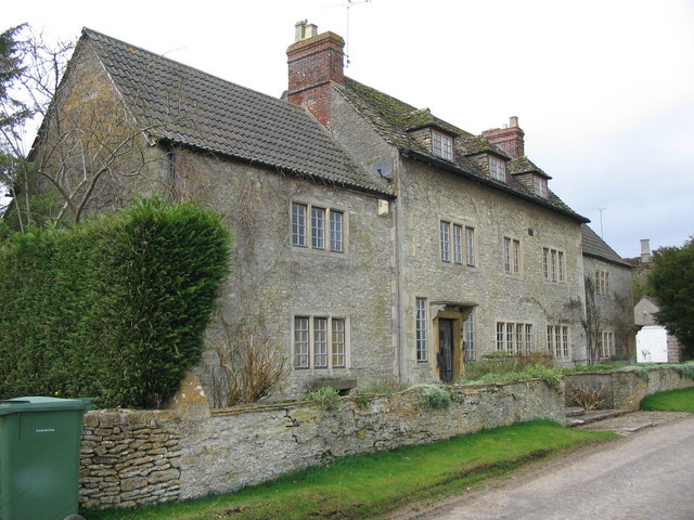 The Grey House at Draycot Cerne