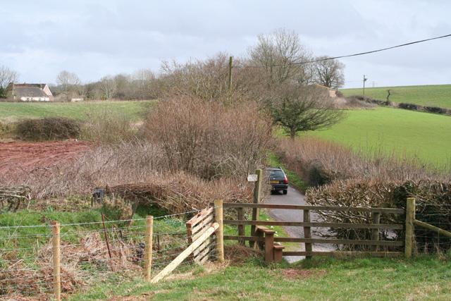 Tolland: start of footpath near Handy Cross