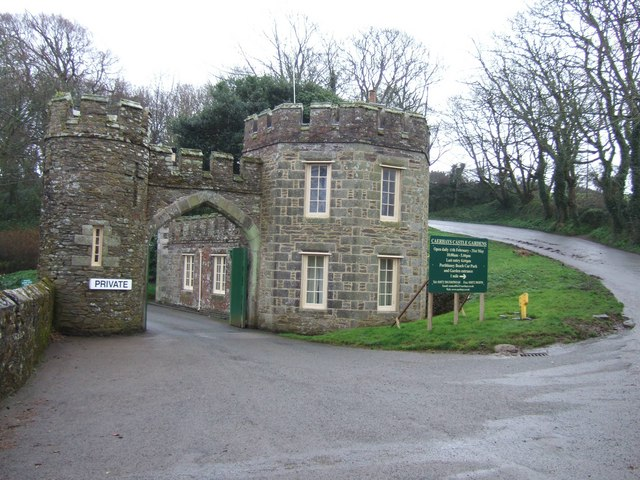 Main entrance gatehouse to Caerhayes Castle