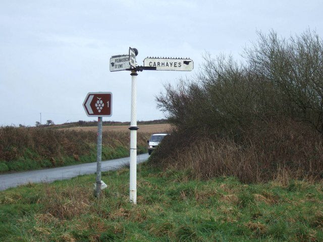 Signpost at junction near Vose farm