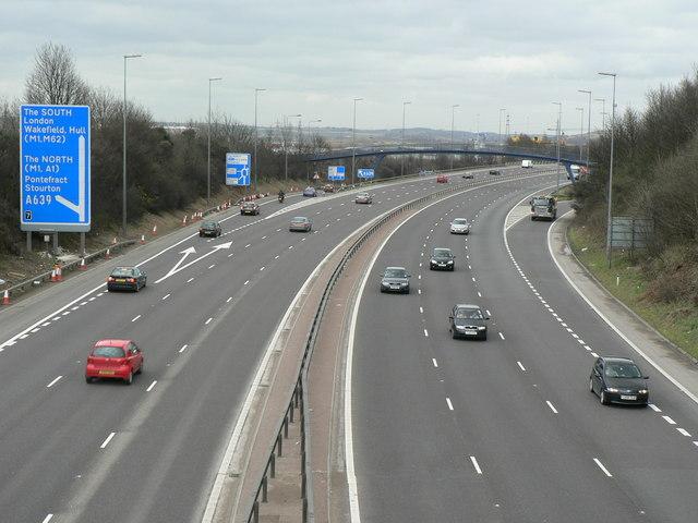 M621 from Middleton Road bridge