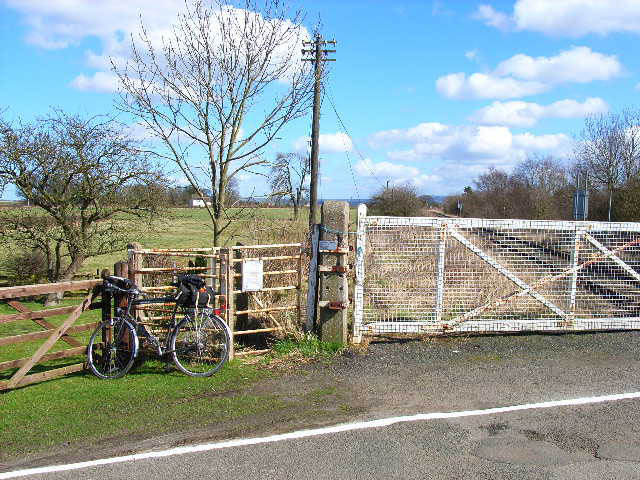 Level crossing at the old Ainderby Station