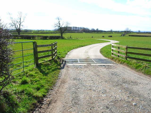 Farm Road to Middle Farm, Danby Wiske