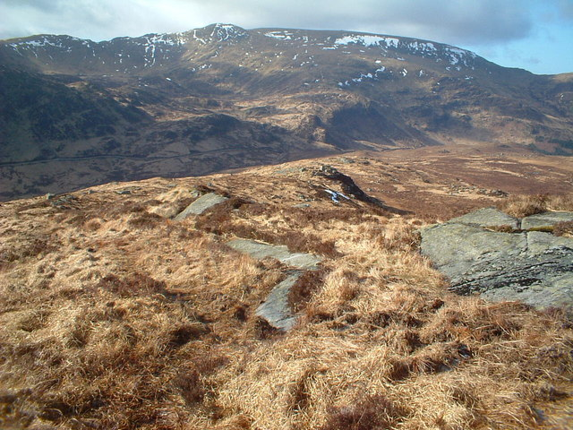 Looking down the SW ridge of Craiglee