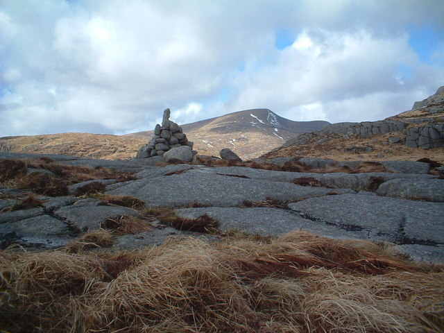 Cairn at the col between Craignaw and Craignairny