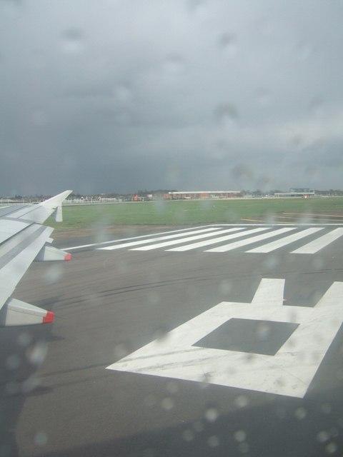 Runway 27R