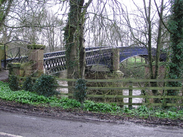 Neasham Hall Bridge : Private.