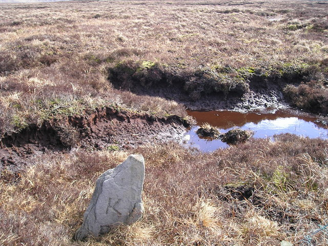 Boundary stone at grid reference SE001711