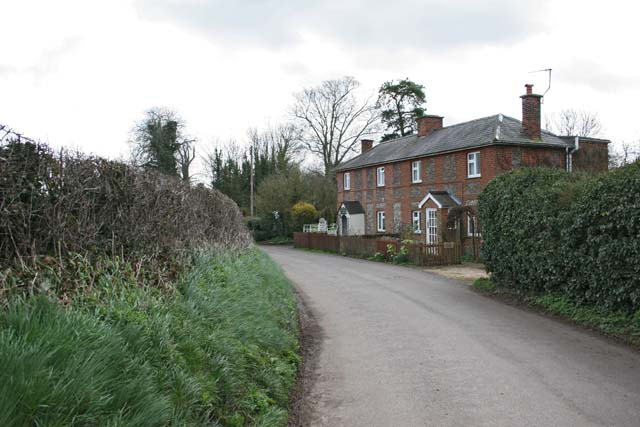 Houses on the north side of Grateley village