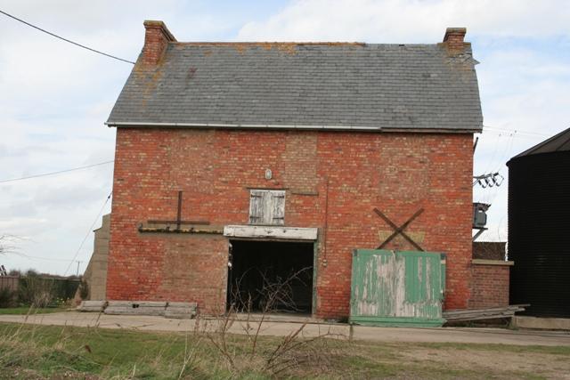 Farm at end of Morton North Drove
