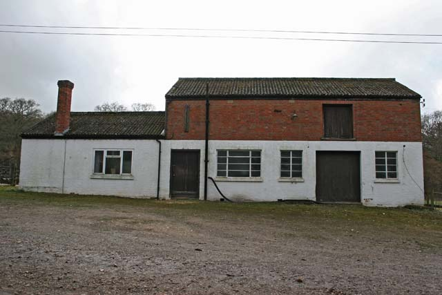 Farm building in Clatford Oakcuts