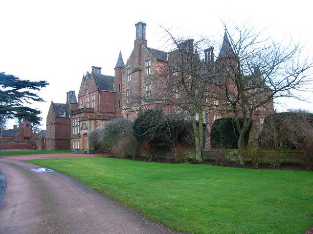 Tyninghame House