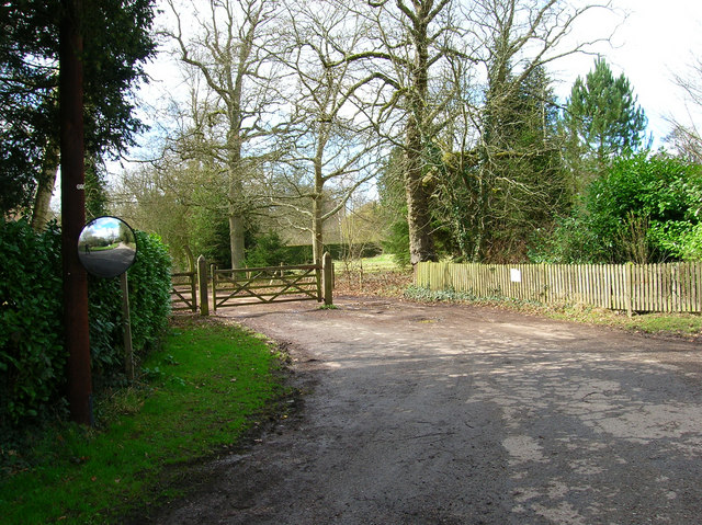 Entrance to Bridleway from Frylands Lane