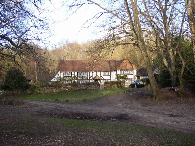 House in the Woods, Hambledon
