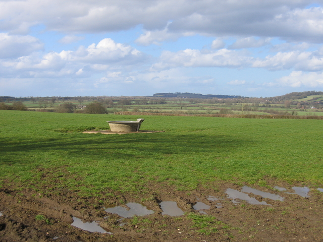 Water trough near Highlands Farm